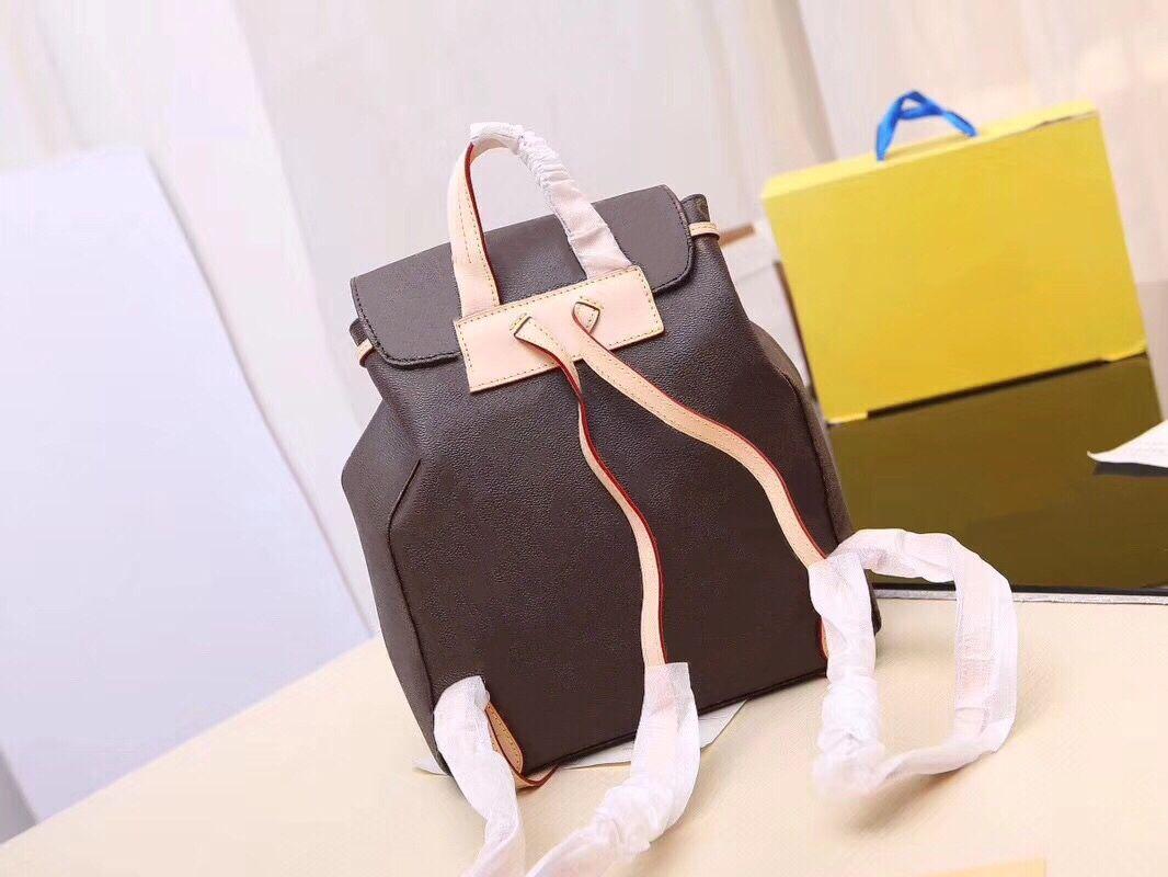 Нарисуйте кожаный досуг для рюкзака Путешествия Женщины Checker Pack Pattern Bag Back доска Мода Маленькая классическая Классическая Классическая Леди Леди Рюкзак AXNL