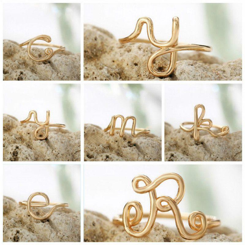 1pcs partido de los anillos del alfabeto de moda Simplicidad favores para niñas favores de la joyería joyería decorativo Party regalos Suministros