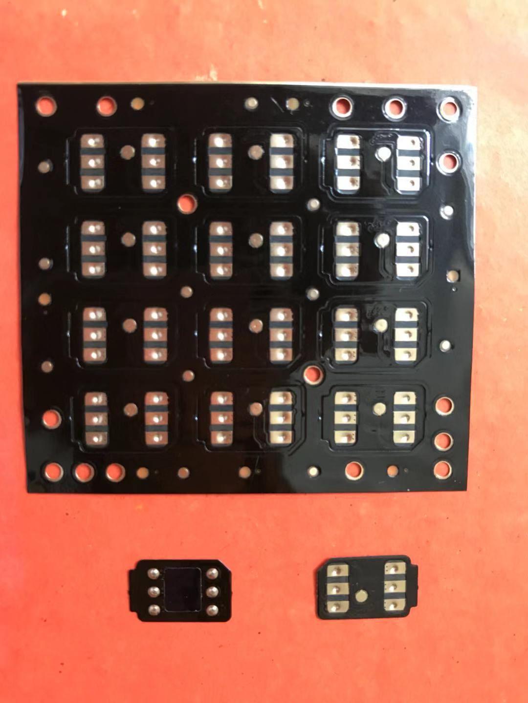 Onesim Nero sblocco chip di sim card MKSD4 per iOS 13.4.x per iPhone Xs x 8/7/6 / PLUS / 5s / SE T-Mobile, Sprint, Fido, DoCoMo Carrières GEVEY