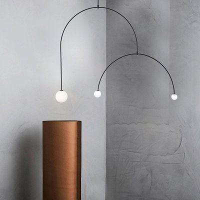 Nordic postmoderna Lampadario Linea Ferro Luster Pendente lampada creativa Soggiorno Camera da letto Luminaria Cafe Exhibition Hall Hanglamp