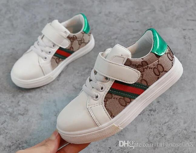 Venda quente dos miúdos Boutique sneakers executando sapatos de alta qualidade Marca antiderrapante Children Sneakers crianças Athletic Shoes