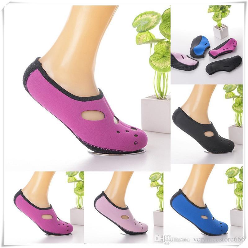 Low Cut Fin Socken Anti-Rutsch-Wasser-Schuh-Breathable Neopren-Socken für Wassersport Schnorchel Tauchen Schwimmen Surfen mit guter Qualität