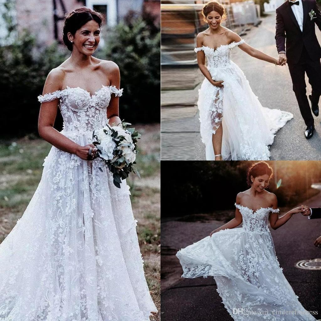 Discount 2019 Spring Bohemian Wedding Dresses Off Shoulder Lace 3d Floral Appliques A Line Beach Wedding Dress Sweep Train Cheap Boho Bridal Gowns