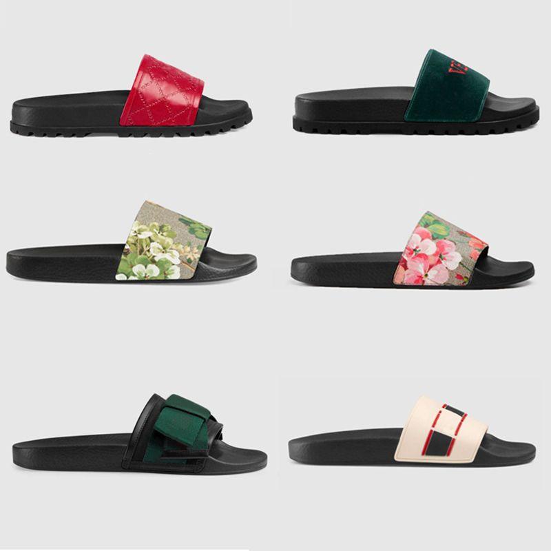 Sandali di gomma di estate del progettista del marchio Pantofole di lusso pantofole Pantofole infradito interni sandali causale Fondo di ingranaggi scarpe a righe donne