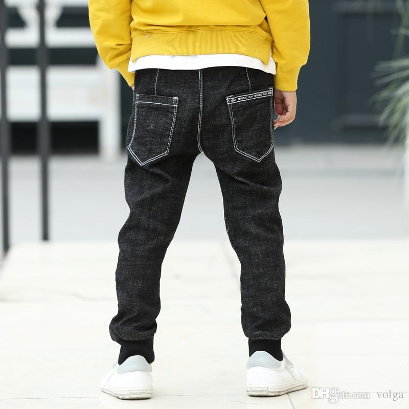 الموضة في خريف وشتاء جينز للصبي سروال الاطفال المراهقين بنطلون جينز الدافئة السراويل ملابس الأطفال الكورية