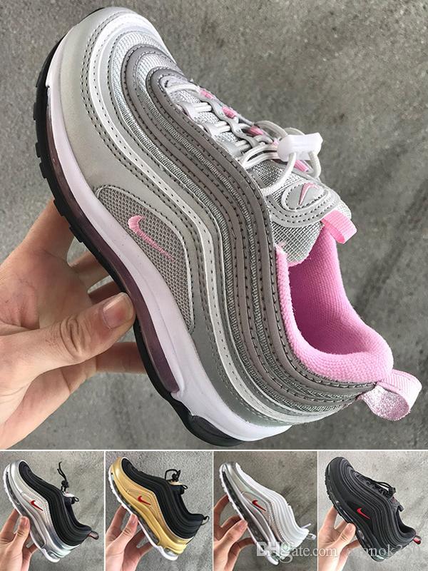 Portachiavi Nuovo colore mini del silicone Max portachiavi donna fascino del sacchetto Uomo Bambini Articoli da regalo Sneaker Accessori Key Chain Shoes JM-9FT7