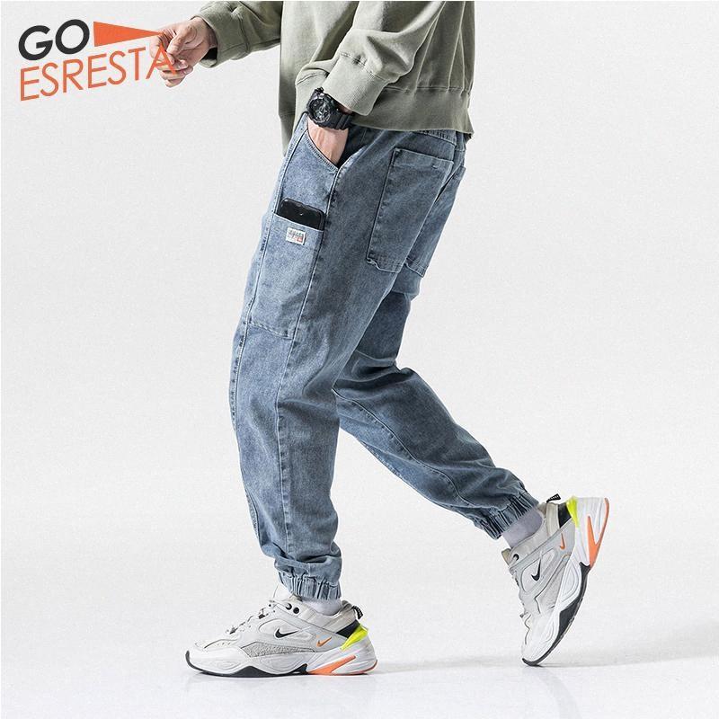 Gli uomini di GOESRESTA 2020 di nuovo di marca dei jeans elastici allentati di modo selvaggio casuale Large Size M-5XL lavato via Tendenza Jeans Men XHbr #