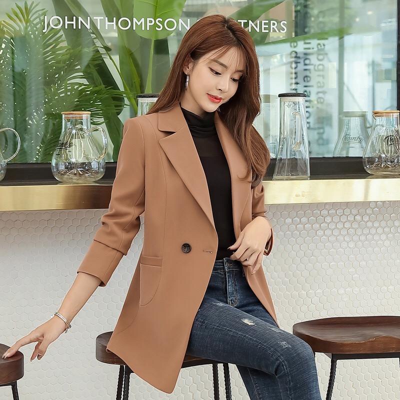 معطف قصير خندق النساء أزياء الشتاء الجديدة عارضة واحدة اعتلى أسود خارجية صغيرة بالاضافة الى حجم جودة عالية ملابس النساء