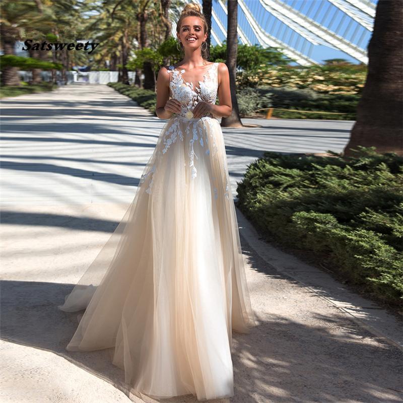 Boho Wedding Dress Appliques & Tulle A-Line V-neck Sleeveless Princess Bride Gowns Vestido De Noiva