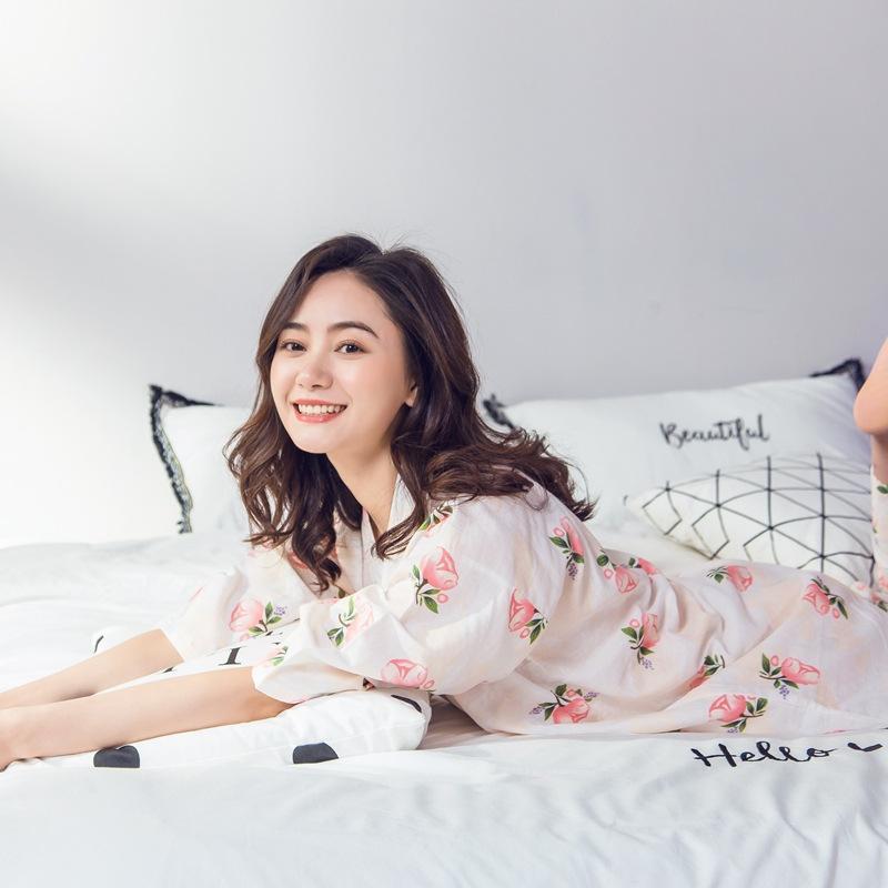 Gasa doble de algodón para mujer Kimono de estilo japonés Ropa china pijamas servicio a domicilio sección delgada Traje japonés dulce y encantador