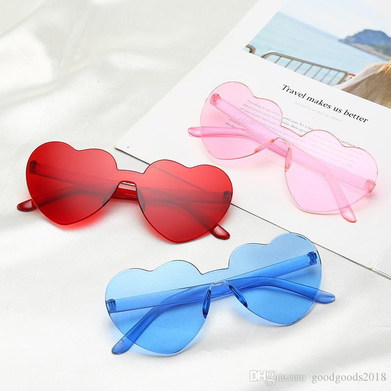 2019 neue herzform frauen sonnenbrille ein stück randlose mädchen sonnenbrille bonbonfarben linsen big frame 12 farben st392