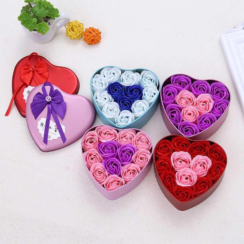 Forma 11pcs / caja de flores artificiales de Rose Jabón Corazón de la flor DIY regalos de decoración de la boda para el recuerdo de San Valentín Flore