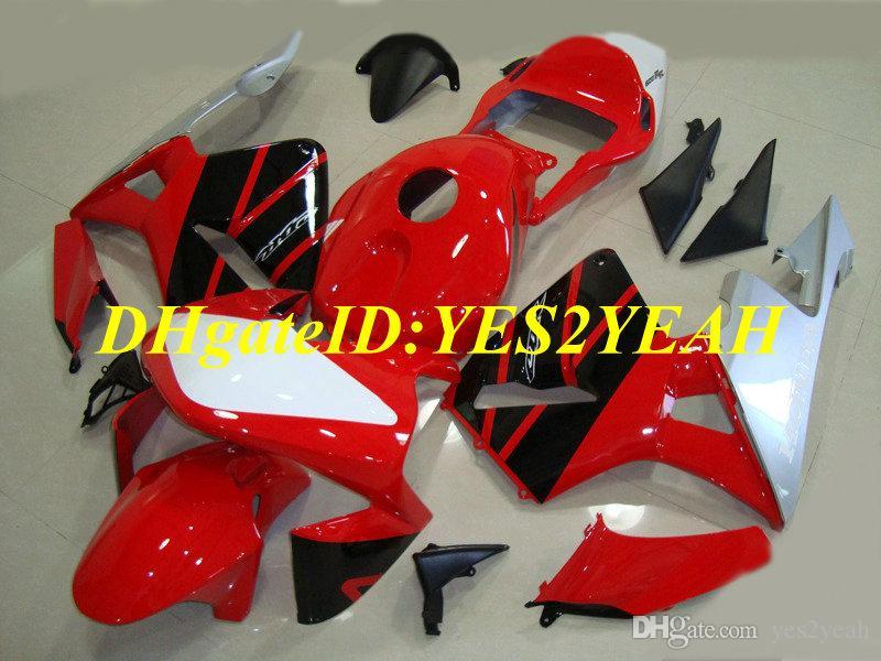 Honda CBR600RR için yarış sürüm Fairing kiti 03 04 CBR 600RR F5 2003 2004 05 CBR600 Kırmızı siyah gümüş Marangozluk seti + Hediyeler HG55