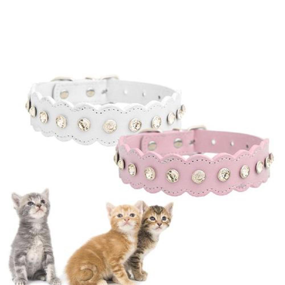 Bling Rhinestone Pu Rivet Couro Cristal Diamante gato filhote de cachorro Colar Colar Colar Dog Pet Pet Detalhes Acessórios
