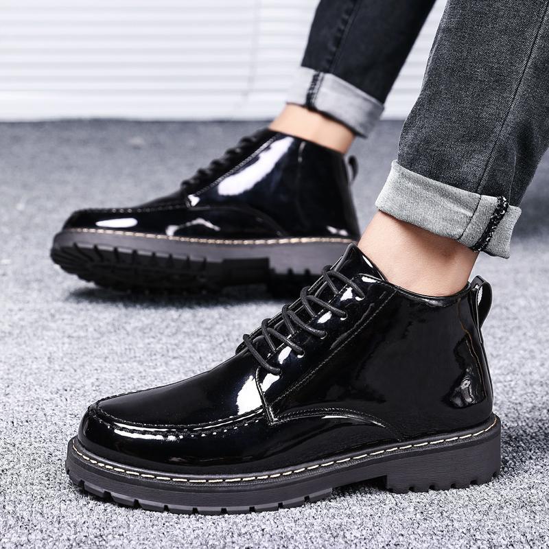 جديد براءات الاختراع والجلود أحذية الرجال نمط البريطانية القوطية أحذية الكاحل الشرير رجال أسود للدراجات النارية أكسفورد سميكة الوحيد السامي الأعلى أحذية