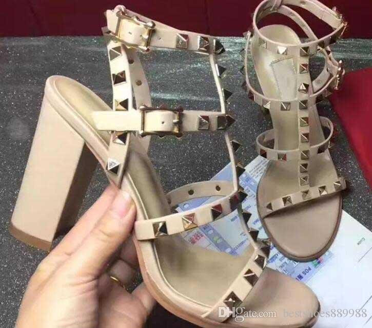Nuevo diseño de lujo Stud sandalias de cuero genuino talón abierto Bombas Sexy Ladies forman los altos talones de los remaches de las sandalias de color 15