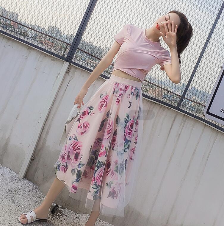 2019 Bowknot irregular Verano Rosa de las mujeres de la camiseta + Imprimir Malla Faldas Conjuntos Crop Tops floral encantador de la rodilla-longitud de la falda de 2 piezas Conjunto CX200701