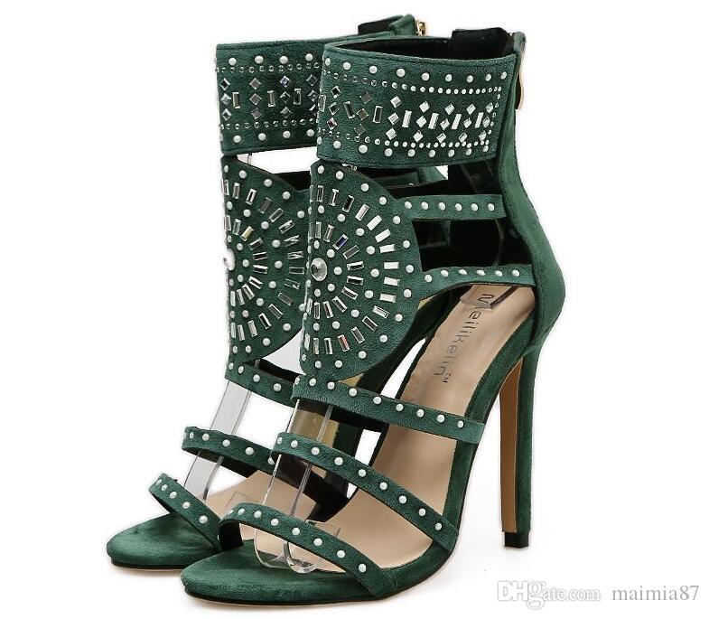 12cm Zapatos de talla grande Eu35-43 uxury Remaches Bombas Diseñador de la marca Sandalias de mujer Tacones de aguja Remaches de zapatos Zapatos Elegantes banquetes negros