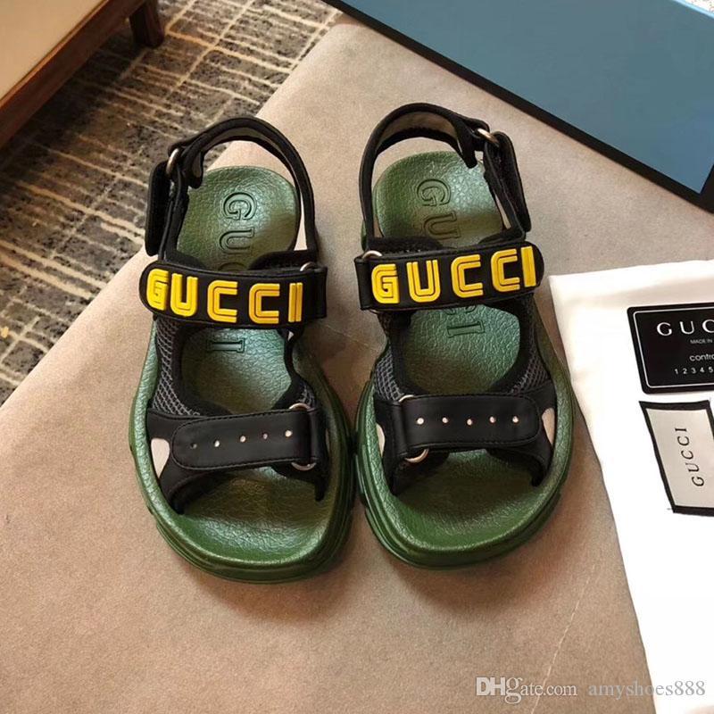 2019 fashion designer men's women's designer slippers fashion luxury designer men and women summer slippers size 35-45 1025