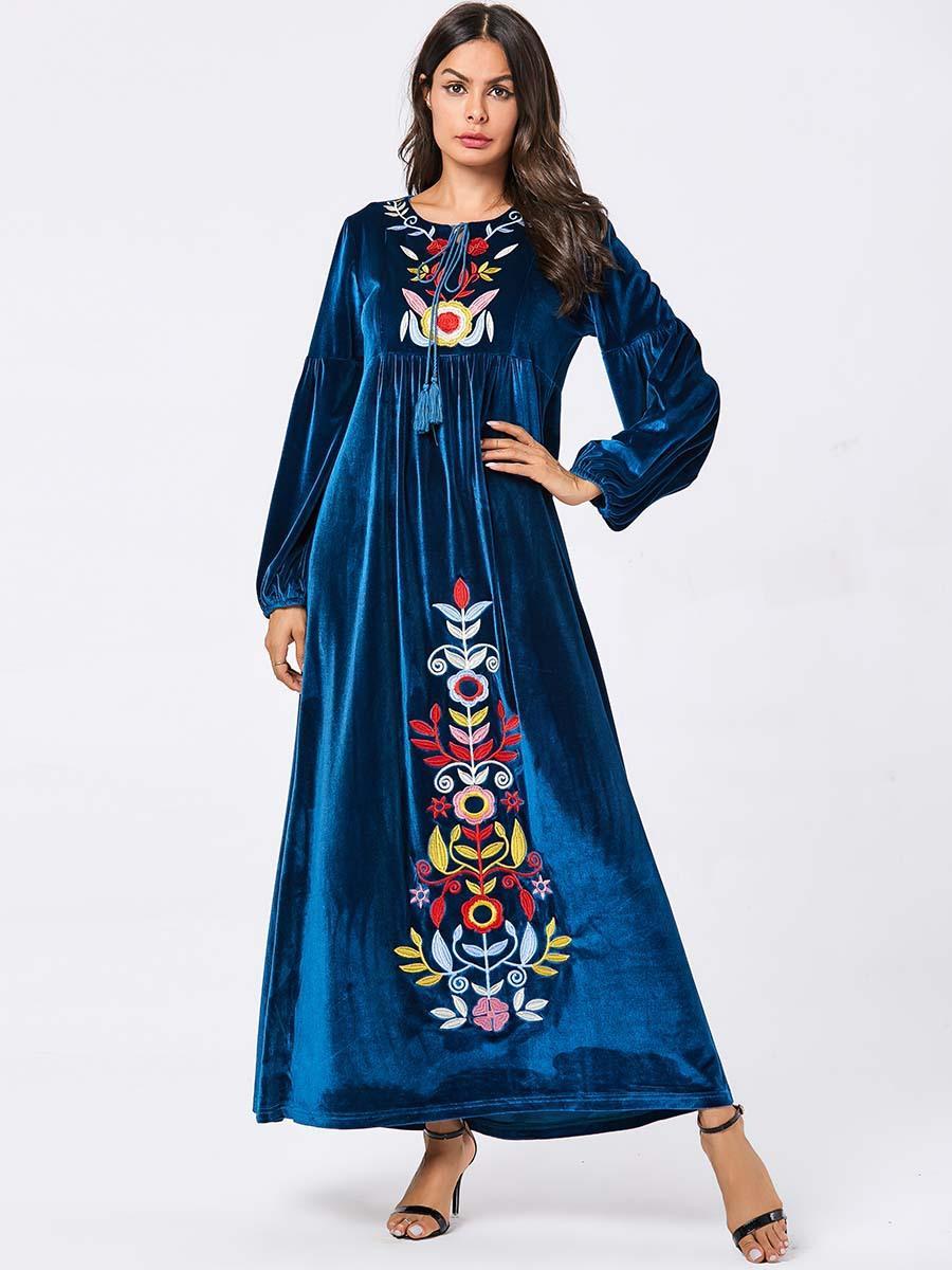 Tie O-Neck Tassel Long Sleeve Winter Velvet Dress Women Casual Floral Embroidery Maxi Dress 2019 Female Vintage Ethnic Pleated Dress