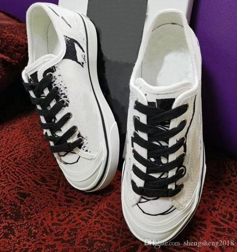 Moda kadın wo tasarımcı rahat ayakkabılar moda çiçek bayan ayakkabı siyah beyaz baskı mektup kalın dip lüks konforlu nefes alabilen