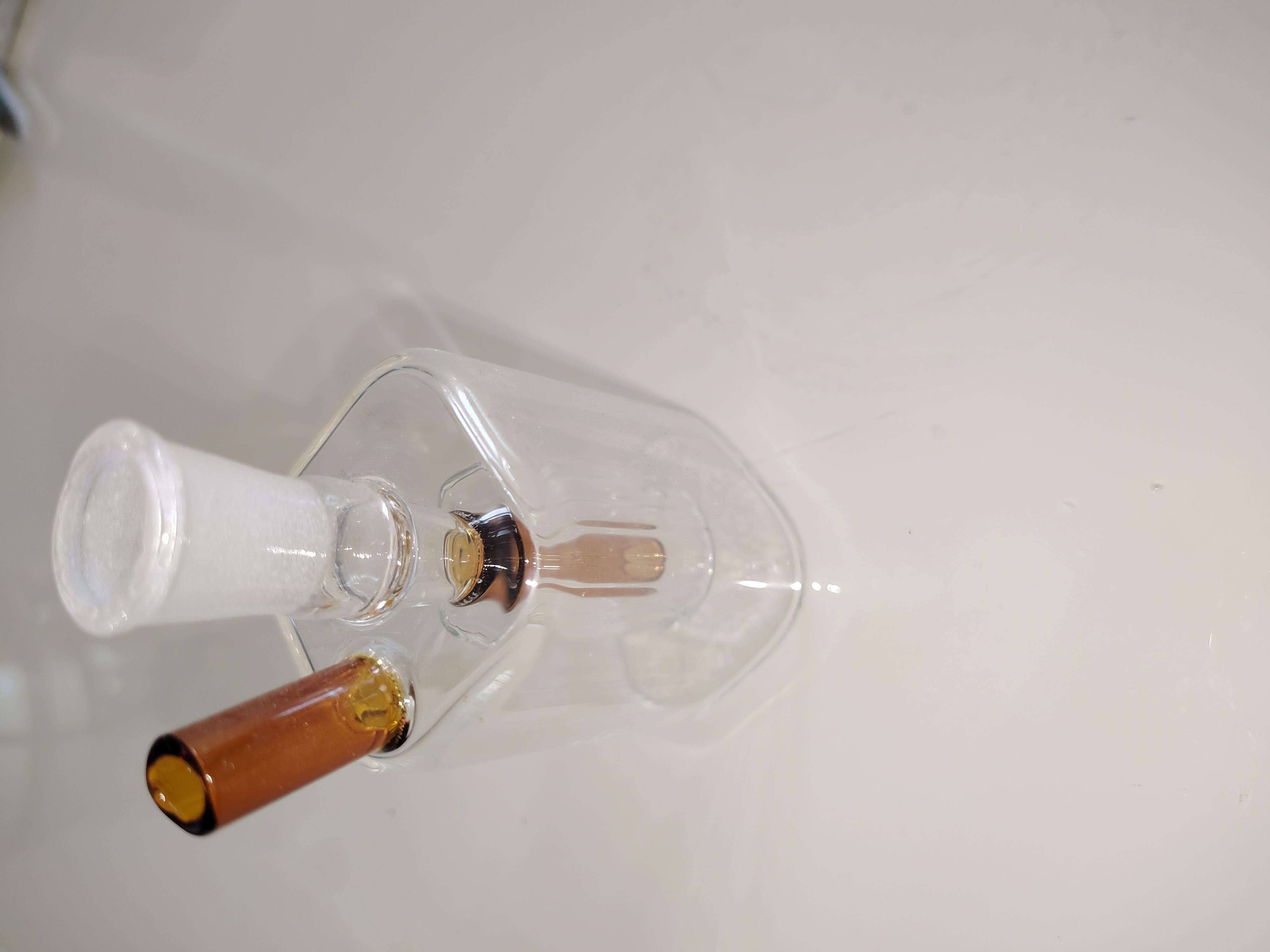 Дешевые аксессуары доставки масла стеклянной бутылки масло горелка стекло сигарета набор цветы сгорание портативных труб улавливателя свободной доставки 111