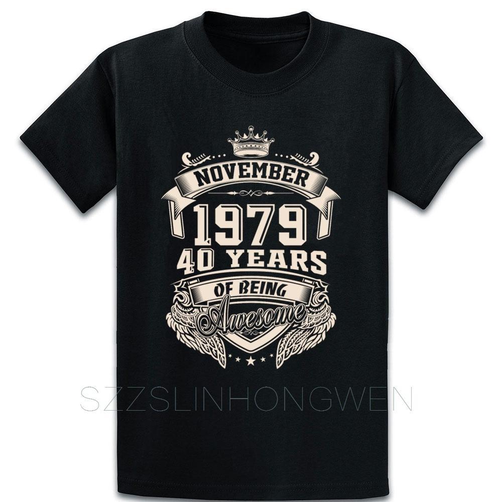 Né en Novembre 1979 40ème cadeau d'anniversaire T-shirt en coton authentique style d'été sur la taille S-5XL Lettre Design Chemise