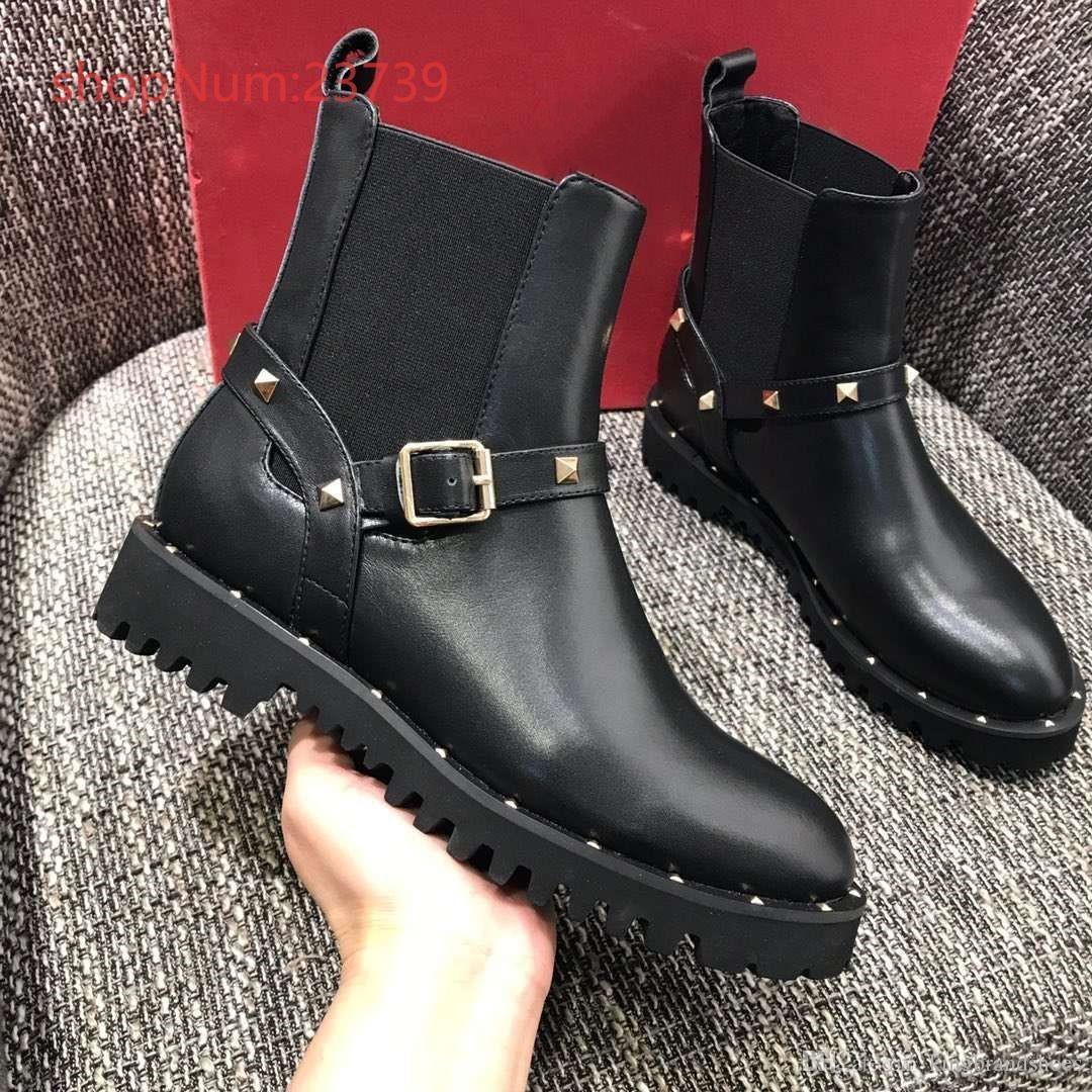 Classic Martin stivali calzature moda donna serie pelle rivetto di lusso di alta qualità delle donne della piattaforma stivaletti stivali neri