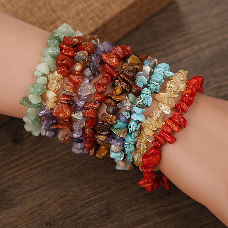 شفاء بلورات الخرز سوار الحجر الطبيعي رقائق واحدة ستراند المرأة أساور الأزياء والمجوهرات الطاقة