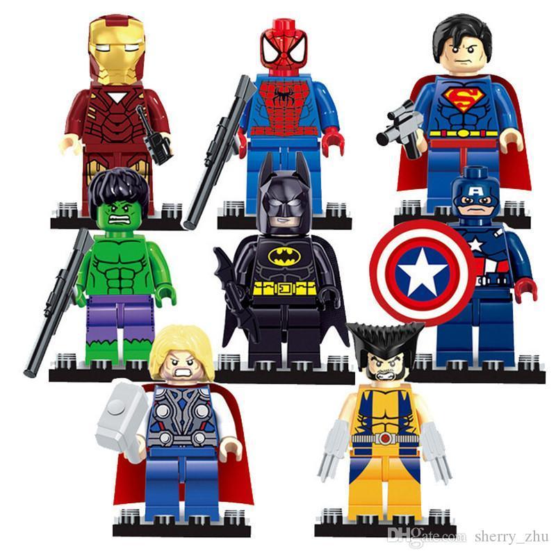 المنتقمون 8PCS / الكثير الأعجوبة DC سوبر أبطال أرقام السلسلة البسيطة بناء الشخصيات كتل DIY الأطفال الطوب اللعب هدية