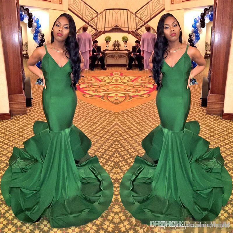 Correas espaguetis sirena Vestidos de fiesta largos en color verde 2018 Nueva sin mangas con cuello en V Manga Vestidos de noche formales Vestido de fiesta por encargo más tamaño
