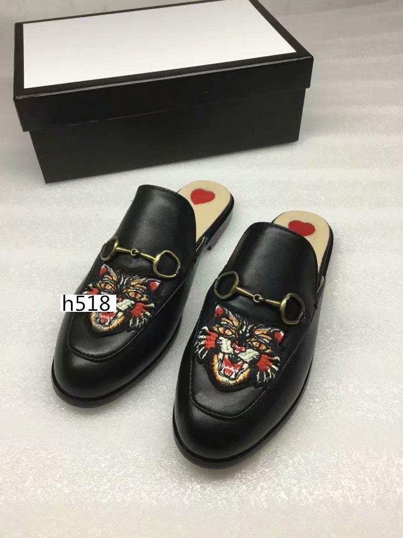 Nouvelle vente Designer Princetown classique glissante pantoufles plage boucle métal chaussures souples Lovers taille BEST QUALITY4
