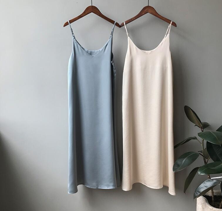 Frau Kleidung Womens Designer-Kleid 2019 Frauen-Sommer-Satin-Kleid Glänzend Sundress Jahrgang Imitation Seidenkleid koreanische Art und Weise