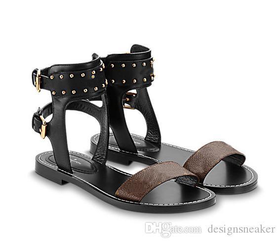 Klassische Damen Beliebte Leder Sandale Hausschuhe Striking Gladiator-Art-Leder Sohle flache Segeltuch Plain Sandalen Schuhe