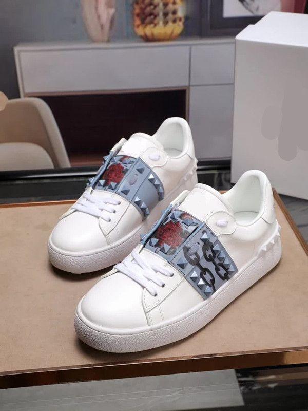 as últimas sapatas das mulheres 867ss couro genuíno Moda Rebites Branco mulheres sapatos baixos Casual esportes Qualidade Confortável respirável Sneakes