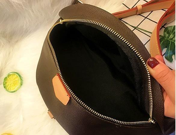 Yeni Moda Tasarımcısı Unisex Bel Çanta Moda PU Deri Göğüs Çantaları Erkekler ve Kadınlar için Yüksek Kalite Fanny Paketleri