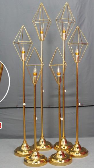2019 romantic Geometric diamond metal stand road lead with led light for wedding walkway aisle party event T- Stage backdrops decor