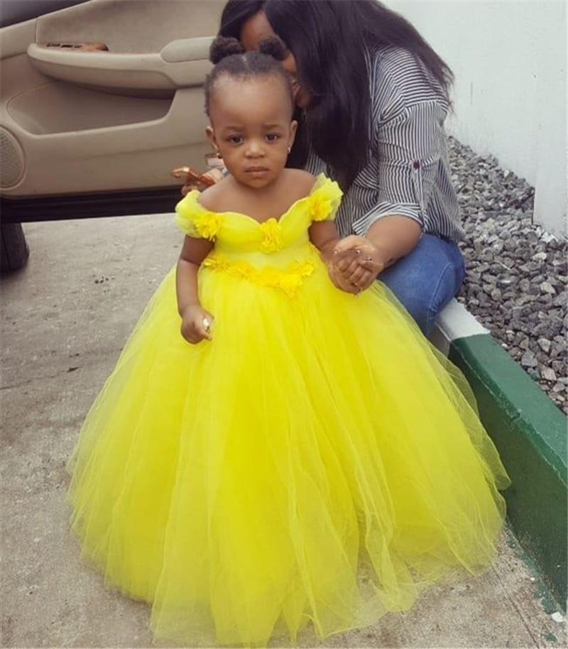 Little Princess Yellow Tulle Flowers Girls Dresses Off the Shoulder Puffy Gown Kids Birthday Party Dresses for Girls