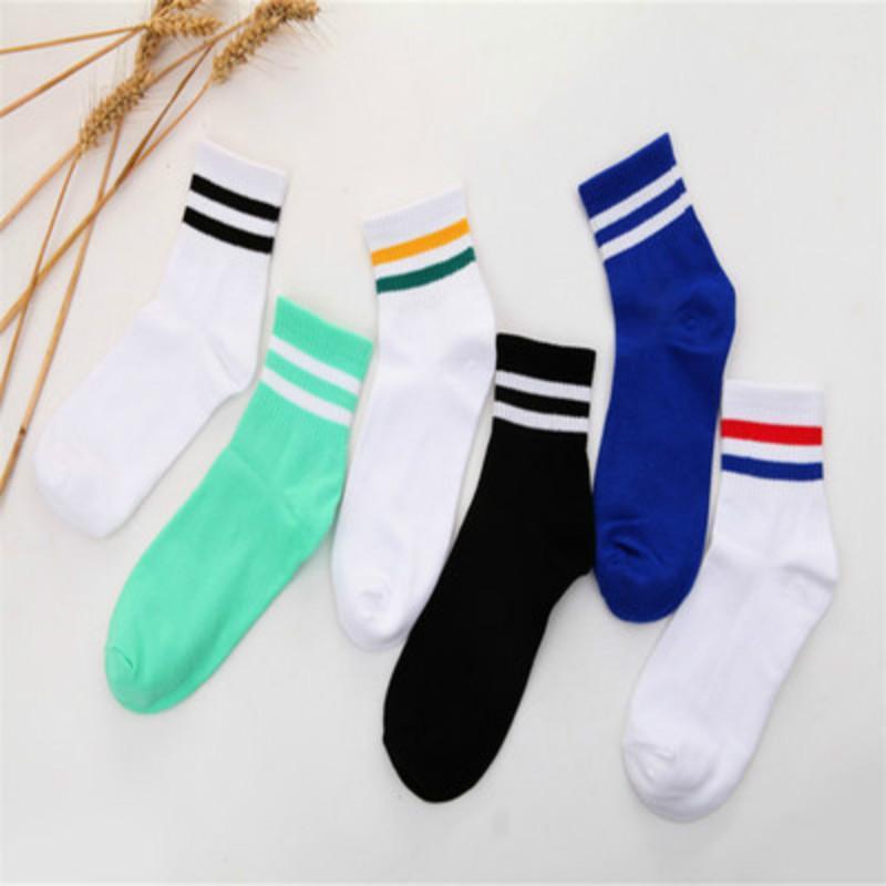 Dos amantes de los calcetines de rayas Harajuku béisbol Estaciones En Tubo Convención Tamaño calcetines de algodón calcetines de deporte atractivo suerte caramelo 6 Libre Color Bares