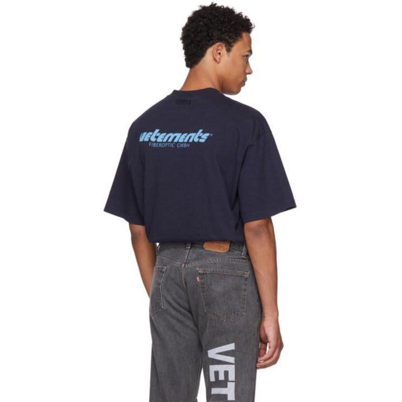 Vetements Blu Logo Printed Tee Luxury Vintage Solido Colore maniche corte da uomo casuale delle donne di Hip Hop Via Skateboard T-shirt HFTTTX032