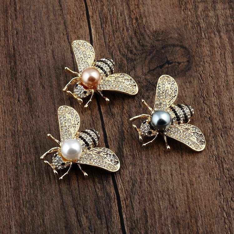 spille designer di gioielli di modo dei perni CZ spilla ape Uomini Donne spilla completa per la festa di commercio all'ingrosso superiore
