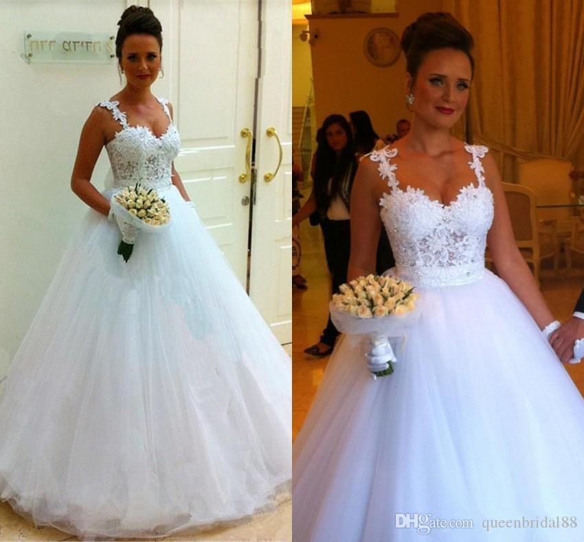 2019 Robes de mariée en tulle blanches avec de la dentelle appliquée et des bretelles en mousseline de soie robes de mariée fermeture éclair au dos