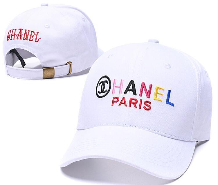 2019 diseñadores de marca sombreros Inglés Carta bordado de la gorra de béisbol al aire libre en primavera y verano Tapas de lujo Sun casquillo del deporte Hip Hop para los hombres las mujeres