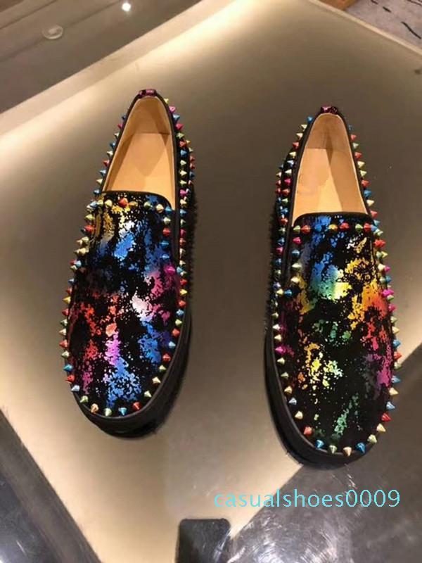 Üst Kalite Unisex Altın Dikenler ayakkabı erkekler Python Deri Açık Lüks Kırmızı Alt Moda Sneakers Perçinler Erkek Casual Yürüyüş Ayakkabı C09