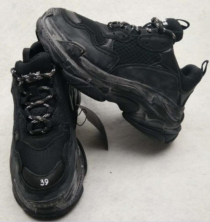 La venta caliente-Nueva Triple S París las zapatillas de running Hombre Calidad colores mezclados del talón grueso abuelo Trainer Shoes