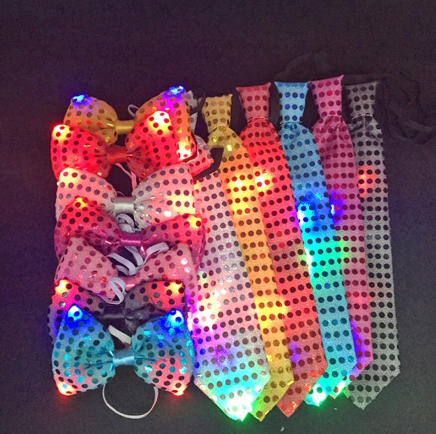 Roman Yanıp sönen Işık Yukarı ilmek Tie Kravat LED Erkek Parti Işıklar Sequins Papyon Wedding Glow Dikmeler Noel hediyeleri Parti öğeler