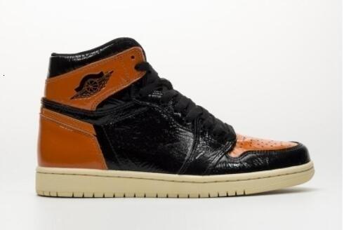 1 Nueva alta Og Shattered del dedo del pie del tablero trasero Naranja Negro Hombres Baloncesto s zapatillas de deporte de moda zapatillas deportivas al aire libre Formadores