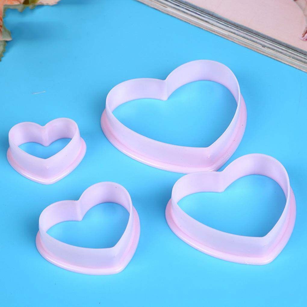 4pcs Plastic Heart Pattern Cutting Dies Mold Set Cookie Moulds Set Cake Cutters Baking