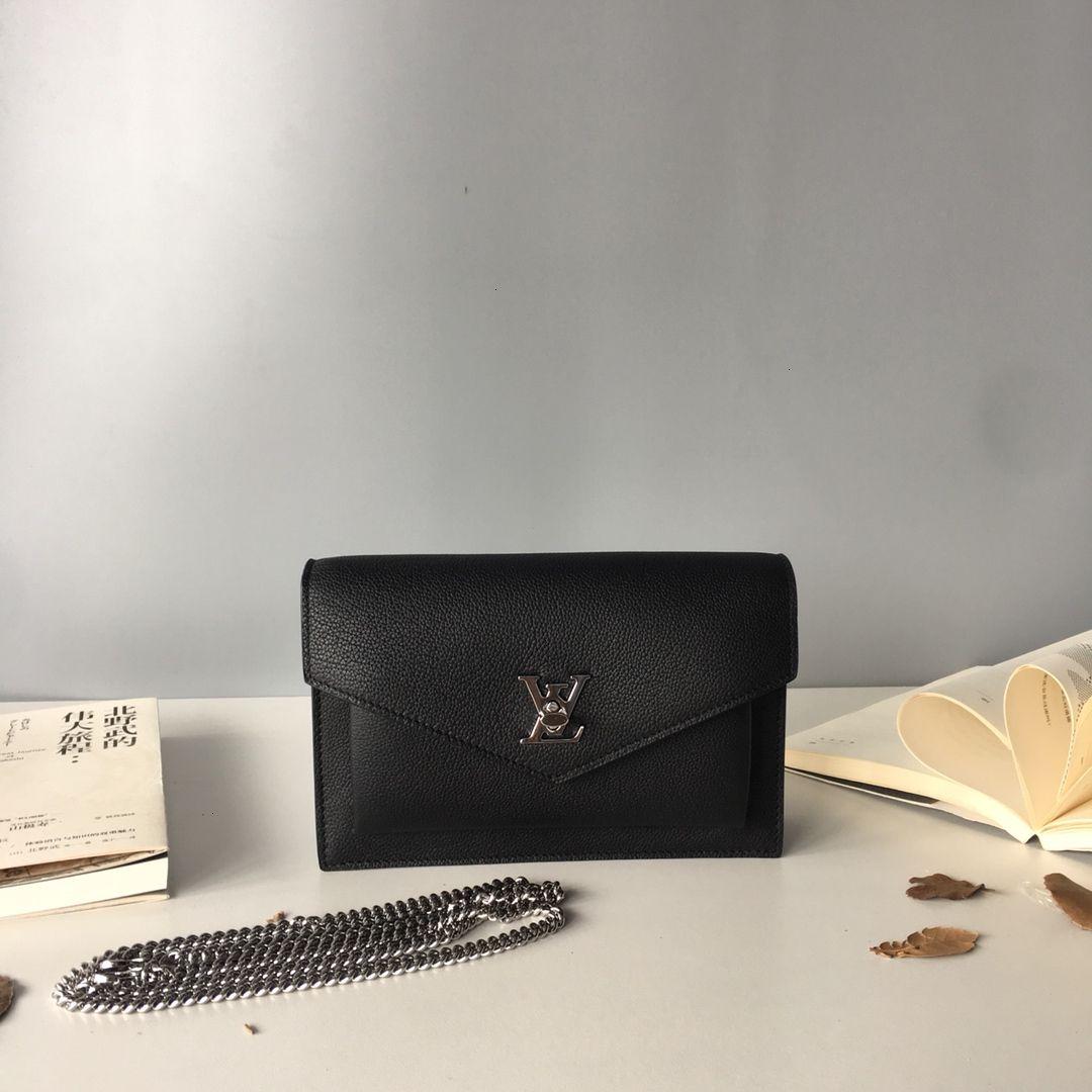 Женская сумка 2019 новой сплошного цвета изысканной небольшой темперамент дама сумка тенденция улица съемка важна косметичка size19 * 12,7 * 3 см