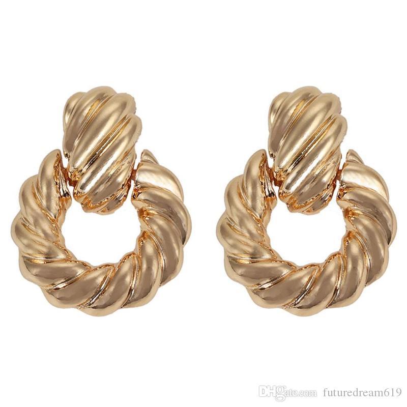 Best lady New Vintage Gold Stud Earrings for Women Wedding Vintage Spiral Grain Bohemian Pendant Statement Earrings Party Gifts